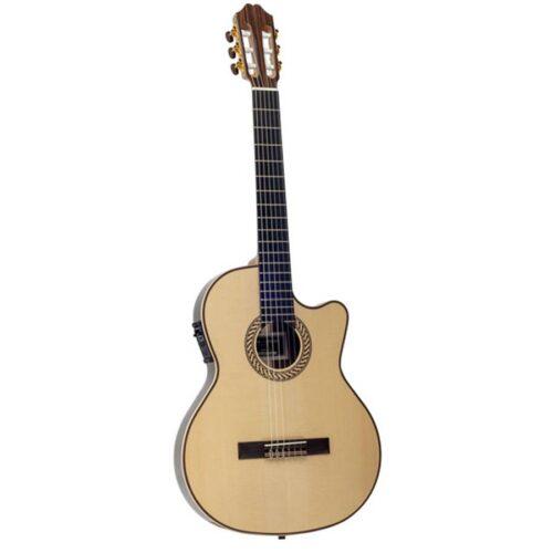 juan_salvador_1t_klassieke_gitaar(1)